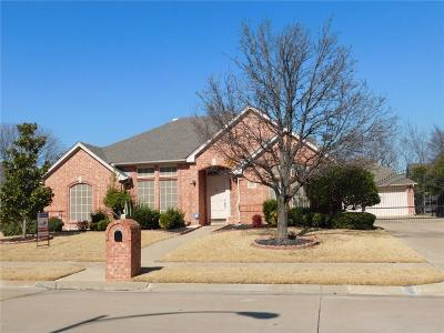 North Richland Hills Single Family Home For Sale: 8825 Trails Edge Drive