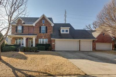 Grapevine Single Family Home For Sale: 108 Sycamore Court