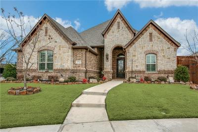 North Richland Hills Single Family Home Active Kick Out: 8712 Shadywood Lane