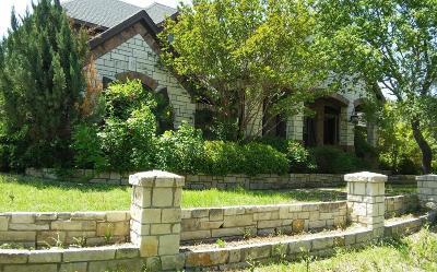 Azle Single Family Home For Sale: 7732 Charlene Drive