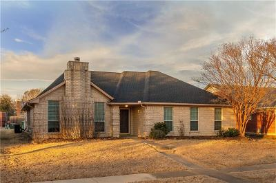 Lewisville Single Family Home For Sale: 1657 Crosshaven Drive