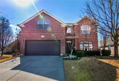 Benbrook Single Family Home For Sale: 8309 Estandarte Court