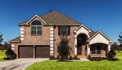 Corinth Single Family Home For Sale: 2105 Venice Drive