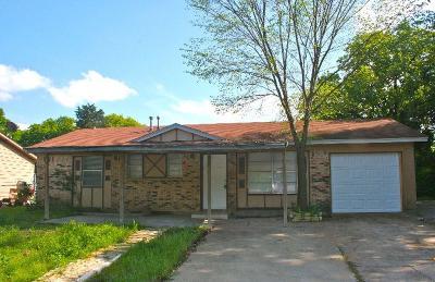 Dallas Single Family Home For Sale: 9816 Pebble Valley Lane