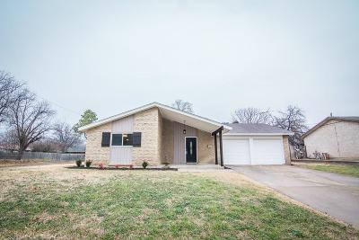 Bedford, Euless, Hurst Single Family Home For Sale: 309 Town Creek Drive