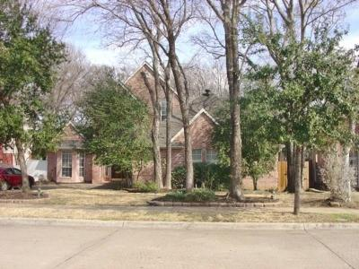 Grand Prairie Single Family Home For Sale: 3320 Sir Stewart Circle