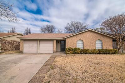 Keller Single Family Home Active Option Contract: 437 Marsha Street