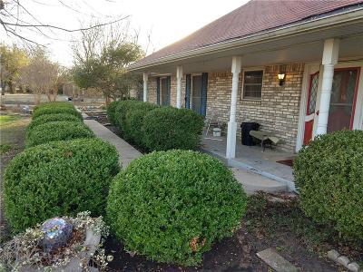 Rowlett Single Family Home For Sale: 3805 Castle Drive
