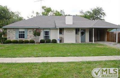 Van Alstyne Single Family Home For Sale: 651 N Dallas Street