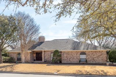 Fort Worth Single Family Home For Sale: 11709 Pine Creek Court