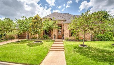 Trophy Club Single Family Home For Sale: 15 Heatherstone Court