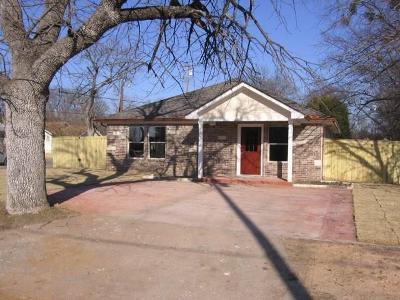Single Family Home For Sale: 601 S Hazelwood Street