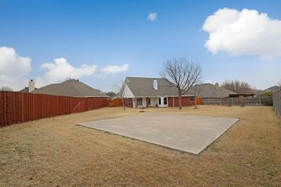 Justin TX Single Family Home For Sale: $235,000