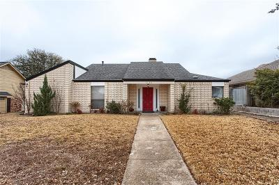 Garland Single Family Home For Sale: 1130 Chimneyrock Trail