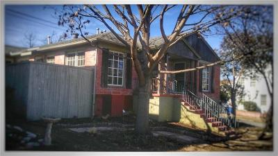 Dallas Multi Family Home Active Contingent: 417 N Montreal Avenue