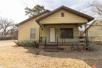 Single Family Home Active Option Contract: 2913 Huron Trail