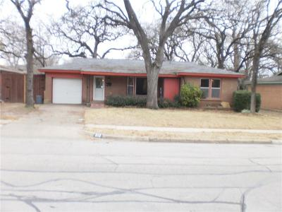 Bedford, Euless, Hurst Single Family Home For Sale: 912 Glenda Drive