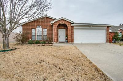 Arlington Single Family Home For Sale: 1814 Lost Crossing Trail