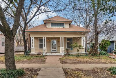 Fort Worth Single Family Home For Sale: 2000 Lipscomb Street