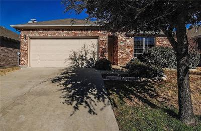 Little Elm Single Family Home For Sale: 14524 Crystal Lake Drive