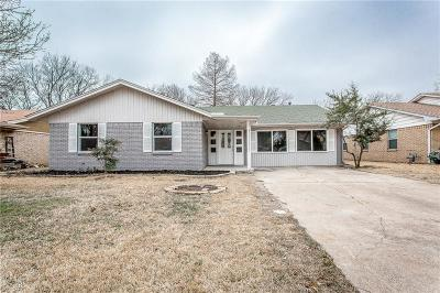 Grand Prairie Single Family Home Active Option Contract: 129 W Dorris Drive