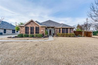 Single Family Home For Sale: 1211 Camelot Drive