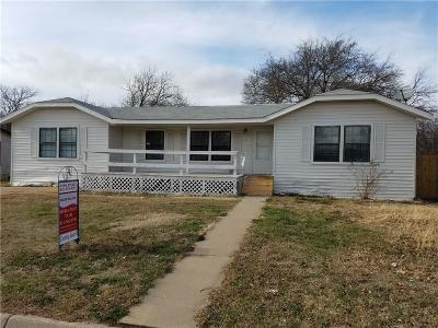 Mansfield Single Family Home Active Option Contract: 1349 Honeysuckle Drive
