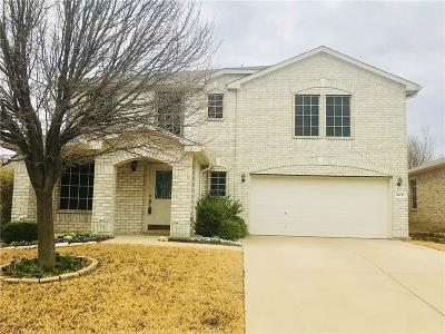 Fort Worth Single Family Home For Sale: 10117 Cougar Trail