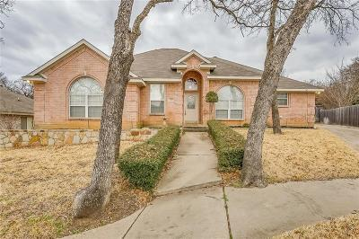 North Richland Hills Single Family Home For Sale: 7109 Stephanie Court