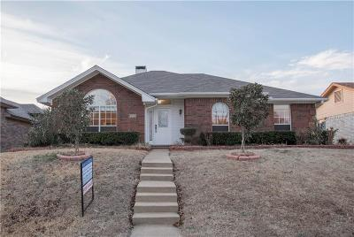 Garland Single Family Home For Sale: 4009 White Swan Drive