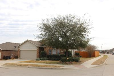 Fort Worth Single Family Home For Sale: 9929 Fressia Lane