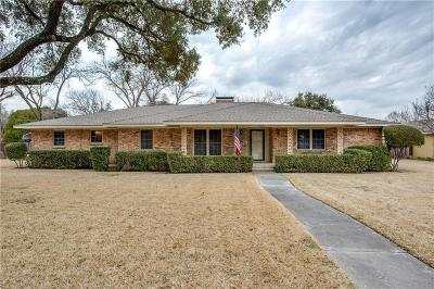 Carrollton Single Family Home For Sale: 1835 Baxley Drive