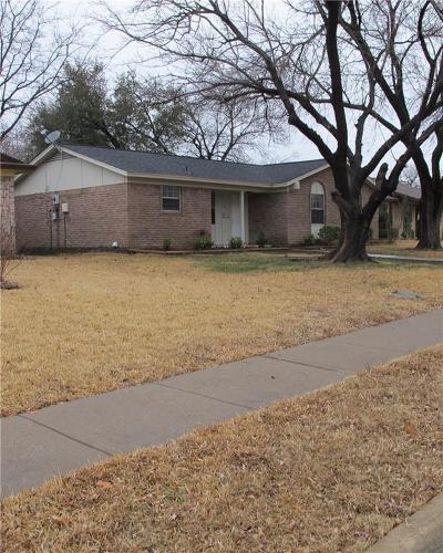 Garland Single Family Home For Sale: 909 Longbeach Drive