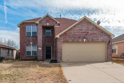 Fort Worth Single Family Home For Sale: 4813 Madyson Ridge Drive