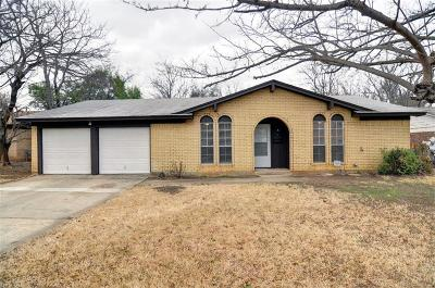 North Richland Hills Single Family Home Active Option Contract: 5124 Cloyce Court