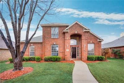 Plano Single Family Home For Sale: 9012 Roundbluff Road