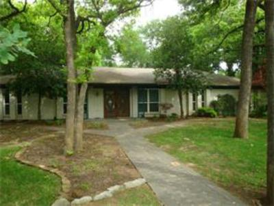 Flower Mound Single Family Home For Sale: 2220 Timber Creek Trail