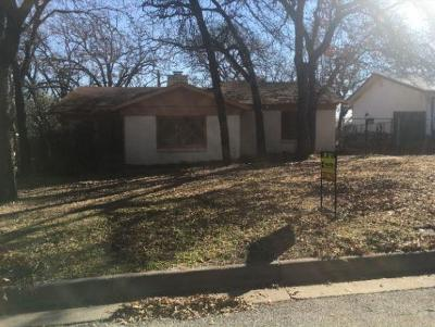Fort Worth Single Family Home For Sale: 2417 McGee Street