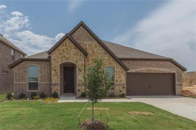 Justin TX Single Family Home For Sale: $336,018