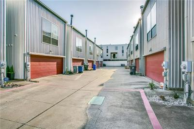 Dallas TX Townhouse Active Option Contract: $369,900