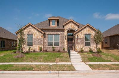 Red Oak Single Family Home For Sale: 203 Melody