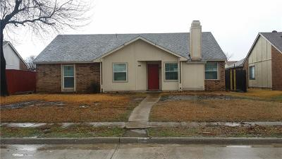 Garland Single Family Home For Sale: 2733 Hackberry Lane