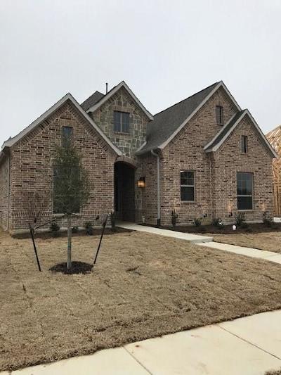 Keller Single Family Home For Sale: 521 Llano Court