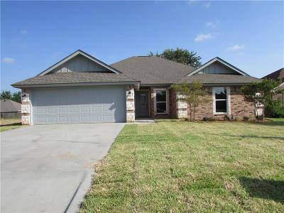 Stephenville Single Family Home For Sale: 309 Midnight Shadow
