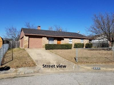 Cedar Hill Single Family Home For Sale: 307 Gemini Drive