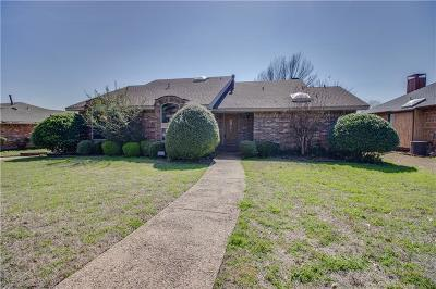 Rockwall Single Family Home For Sale: 303 Carriage Trail
