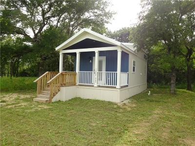 Runaway Bay Single Family Home For Sale: 108 Shady Bend Court