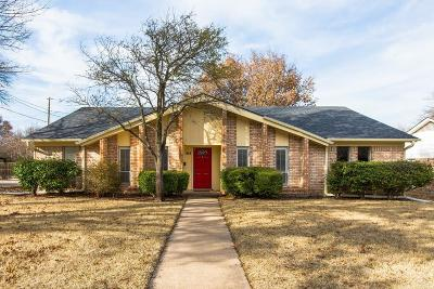 Single Family Home For Sale: 414 Canyon Ridge Drive