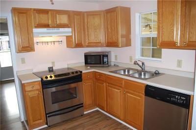 White Settlement Single Family Home For Sale: 924 Renfro Drive
