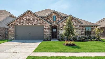 Forney Single Family Home For Sale: 1805 Huntsman Way